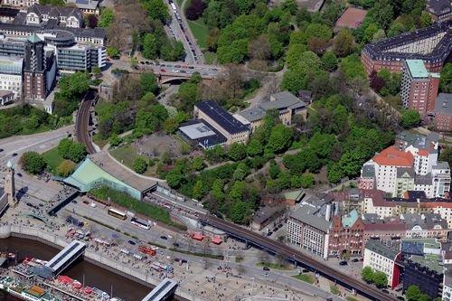 MF Matthias Friedel - Luftbildfotografie Luftbild von Stintfang in Neustadt (Hamburg), aufgenommen am 02.05.10 um 12:36 Uhr, Bildnummer: 5501-52, Auflösung: 6048x4032px = 24MP - Fotoabzug 50x75cm