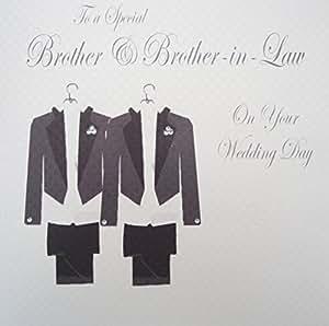 White Cotton Cards PD209bro - Biglietto di congratulazioni per matrimonio fratello e cognato, motivo: abiti da sposo [lingua inglese]