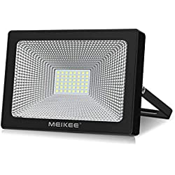 Projecteur LED exterieur MEIKEE 50W Lampadaire exterieur Mural 6500K 5000LM Lumière en Blanc froid Etanche IP66 Diffusion à 120° idéal pour les entrepôts, les hangars industriels, les commerces.