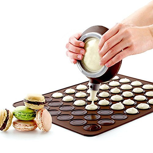 Cartshopper-Silicone-Macaron-Kit-Baking-Mold-Set-of-Pastry-Baking-Mat-and-Decorating-Piping-Pot-with-4pcs-Nozzles