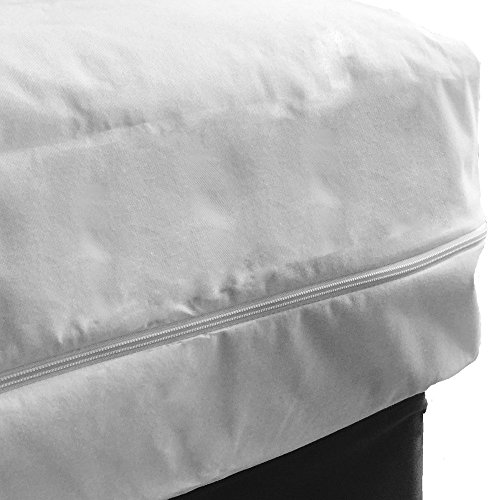 Fully Encased Waterproof Anti-Bed Bug Mattress Protector-135x190x25cms Double bed.