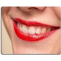 luxlady Gaming Mousepad-ID: 43473934Smiling weiblich rot Lippen und gesunde weiß Zähne Nahaufnahme Shot mit