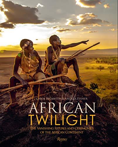 African Twilight por Carol Beckwith