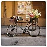 Quadratische Postkarte  Fahrrad mit Blumen