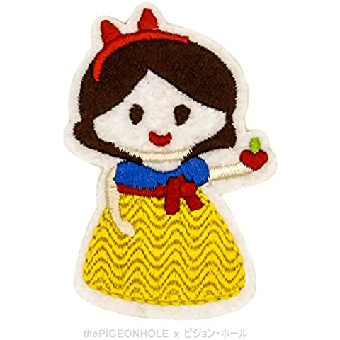 [ Dream Big, Princess ] Disney 's Snow White and the Seven Dwarf Chibi Snow White Clip Art - Easy & Fast Iron on, Sew on Embroidered Patch - Applique, Craft, Kid Boy Girl Cloth Repair & Decoration