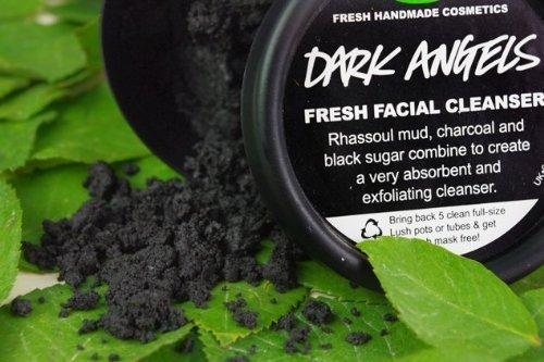 lush-dark-angels-facial-cleanser-35-oz-by-lush