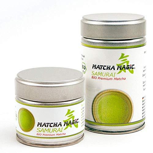 MatchaMagic Samurai Bio Matcha-Tee Pulver | Original Grüntee aus Japan | 100% Bio | Japanisches Premium Bio Matcha-Pulver für Matcha Tee, Matcha-Latte, Matcha-Smoothie und Co. | 80g Matcha Pulver Dose