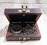 7,6cm Steampunk T Cook Große Sammlerstück Messing Kompass mit Leder Fall–mit Robert Frost Gedicht Kompass. c-3016