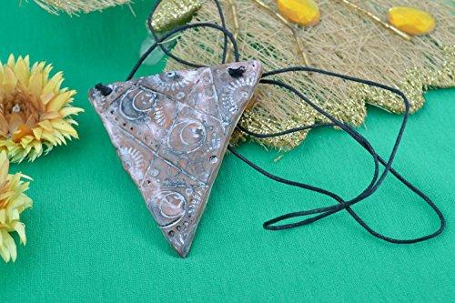 Handgemachter dreieckiger Anhanger aus Ton ungewohnlich mit Reliefmuster fur Damen (Hand Bemalt, Baumwoll-leinen Von)