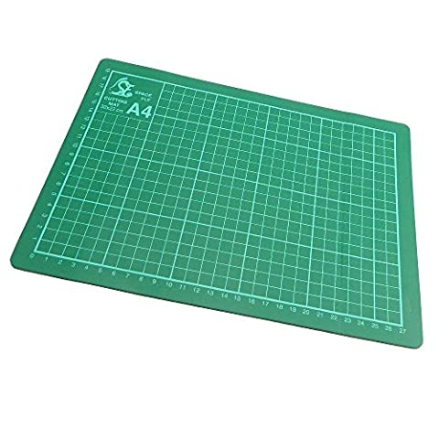 Copacetic A4 Cutting Mat - Card Paper Cutting Trimming Mat Matt Board - Non-Slip Surface - Marking Guides for accurate cutting - 220 x 300 mm - 3 mm Thick - (Neoteric