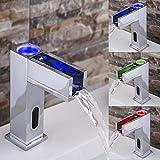 jfuia automatique infrarouge LED 3Changement de couleur LED robinet cascade mitigeur de lavabo robinet salle de bains de robinet de lavabo Chaud/Froid en laiton chromé Pile F. Bain