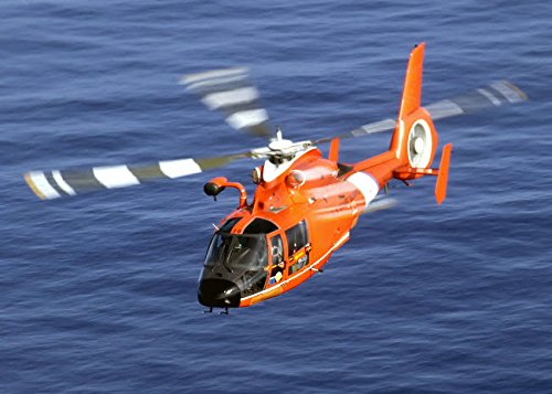 The Poster Corp Stocktrek Images - A Coast Guard HH-65A Dolphin Rescue Helicopter in Flight Kunstdruck (43,18 x 27,94 cm) - Hh-65a Dolphin