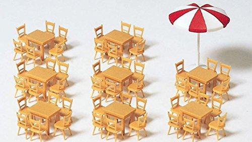 Preiser 1/87th–pr17201–Modelleisenbahnen–Tische Stühle