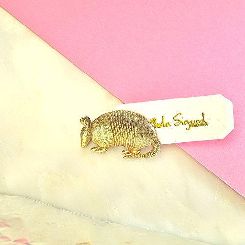 armadillo-brooch-cute-unusual-animal-pin-friendship-giftlapel-pin