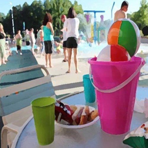 The Outside Splash Pool -