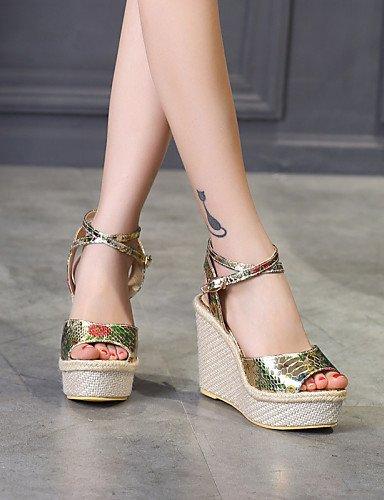 UWSZZ IL Sandali eleganti comfort Scarpe Donna-Sandali / Scarpe col tacco-Tempo libero / Formale / Casual-Zeppe / Tacchi / Spuntate / Plateau-Zeppa-Finta pelle-Bianco / golden