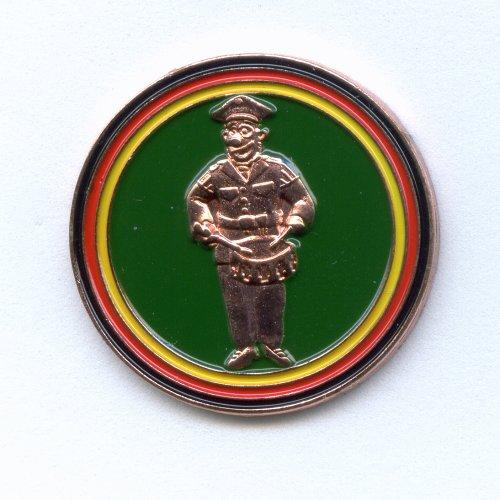 Gioco Mann Zug Tambour Corps Tambour Coro Batterista Pin Pin Spilla del metallo 282