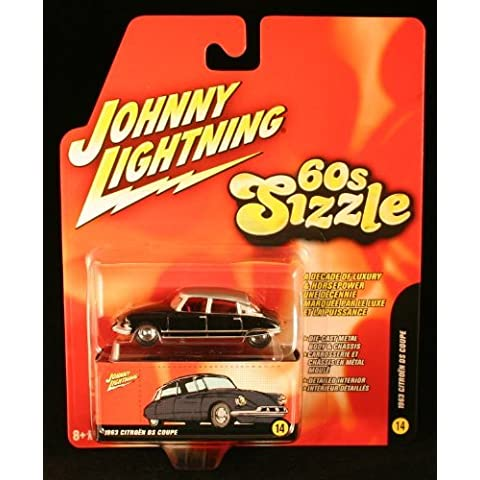 1963 Citron DS Coupe * BLACK * 60s Sizzle Johnny Lightning 2006 Die-Cast Vehicle #14 of 16 by Johnny Lightning