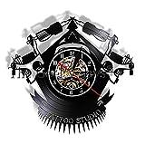 Yddlie Tatouage Studio Décor Horloge Murale Tatouage Salon Main À La Main Mur Lumière Tattoo Shop Machine Vinyle Record Mur Horloge Hipster Hommes Cadeau