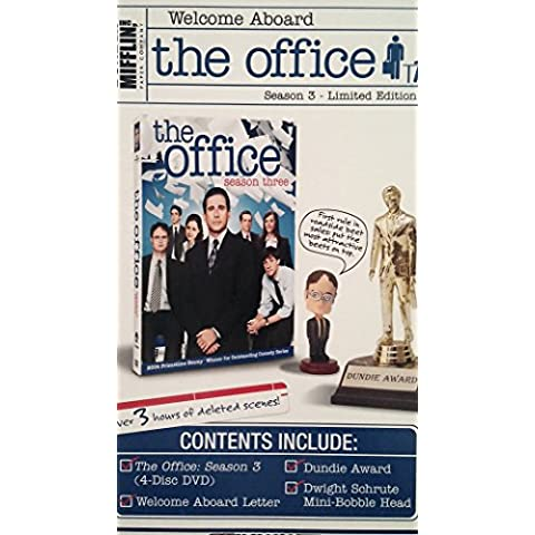 THE OFFICE SEASON 3 - LIMITED EDITION w/ DUNDIE AWARD & DWIGHT SCHRUTE MINI-BOBBLE HEAD