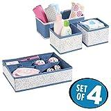 mDesign 4er-Set Kinderzimmer Aufbewahrungsbox aus Polypropylen – Stoff Aufbewahrungsboxen für Babysachen – auch als Kinderschrank Organizer oder für Schubladen, Wickeltische – blau und grau