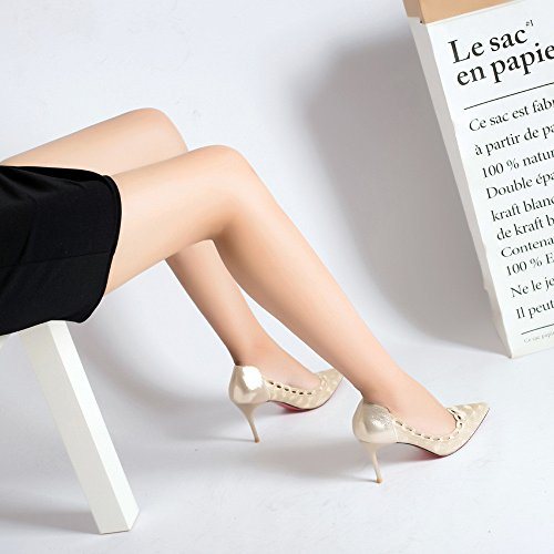 L a tacco alto scarpe moda, con una punta sottile ricamo satinata thread scarpe singolo The Gold