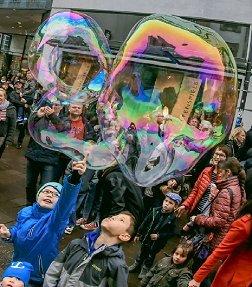 10l-riesen-seifenblasen-geburtstag-hochzeit-ebook-und-bonus-grosser-als-du-selberoder-geld-zuruck-ga