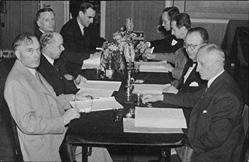 vintage-photo-of-olle-engkvist-g-sundblad-harald-nordenson-h-sterky-albin-johansson-edy-velander-her