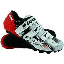 Zapatillas de Ciclismo LUCK Extreme 3.0 MTB,con Suela de Carbono y Triple Tira de Velcro de sujeción ademas de Puntera de Refuerzo. (44 EU, Rojo)