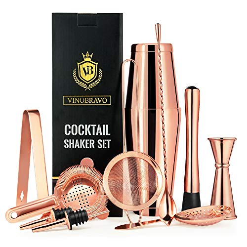 11-Teiliges Boston Cocktailshaker Bar Set von VinoBravo: 2 gewichtete Cocktail Shaker, Barsieb-Set, Doppeljigger, Barlöffel, Barstößel & Tong, 2 Spirituosenausgießer & Cocktailrezeptbuch - Shaker Bar Set