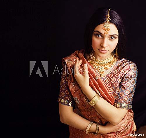 druck-shop24 Wunschmotiv: Beauty Sweet real Indian Girl in Sari Smiling on Black backgroun #190160938 - Bild als Foto-Poster - 3:2-60 x 40 cm / 40 x 60 cm Black Indian Girl