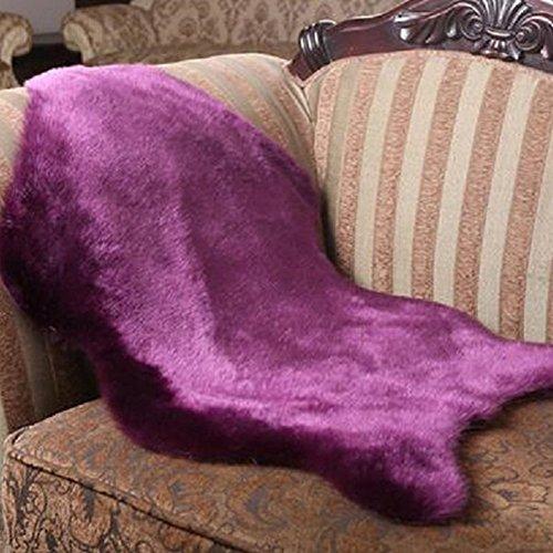 FAVOLOOK Kunstfell Teppich, Luxus Shaggy Fußmatte Super flauschig weich Anti-Rutsch Teppich Stuhl, Sofa Pad violett -