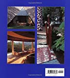 Front cover for the book Bali Modern: The Art of Tropical Living by Gianni Francione