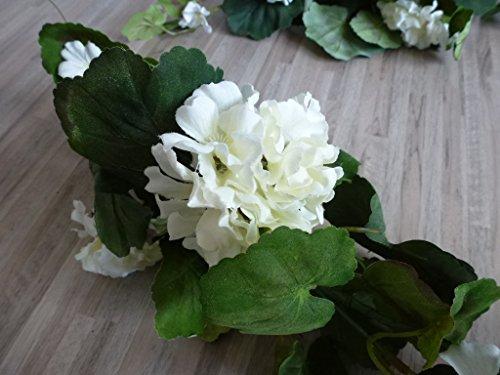 Geraniengirlande, 180cm, 20 Blüten,108 Blätter, weiß 331003-40 F19