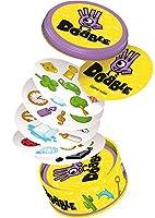 Dobble est un jeu d'observation et de rapidité dans lequel tous les joueurs jouent en même temps. 55 cartes comportant chacune 8 symboles, 5 variantes... et c'est parti !