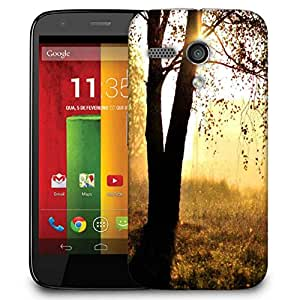 Snoogg Single Tree In Garden Designer Protective Phone Back Case Cover For Motorola G / Moto G