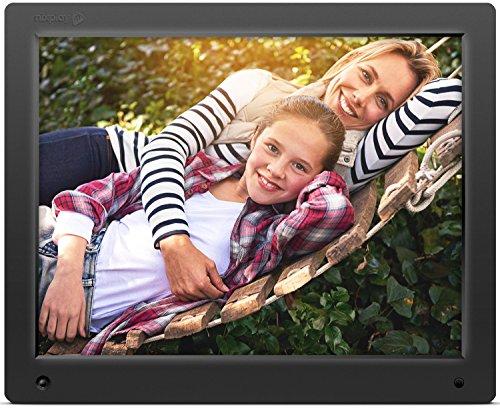 Nixplay 38,1 cm (15 Zoll) WLAN- & Cloudfähiger Digitaler Bilderrahmen. Fotos und Videos synchronisieren über App, E-Mail, Facebook, Dropbox, Instagram, Picasa. Übertragung Auch über SD-Karte und USB.
