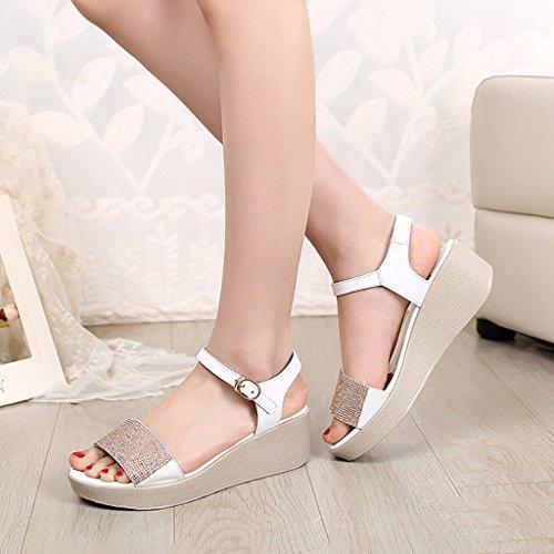 PENGFEI sandali delle donne Sandali di acquisto Pantofole estive Femmina Tempo libero Sandali comodi e leggeri in metallo Nero, oro e bianco Confortevole e traspirante ( Colore : Oro , dimensioni : EU Bianca