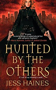 Hunted By The Others par [Haines, Jess]