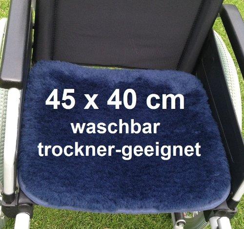 LANAMED 45 x 40 cm - Australische Antidekubitus Rollstuhlauflage 30-80°C waschbar. Druckentlastend, atmungsaktiv und super-bequem. 1900g/m² ultra-dichte Schurwolle = 50{0b948abe2c8d48d75dbd23a29b36f76eea81eff1845f692a759adc3a071c22ef} mehr Wolle als ein herkömmliches Antidekubitus-Fell. Wollhöhe ca. 3 cm. Mit Befestigungsbändern. LANAMED ca. 45 x 40 cm