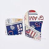 Set Topflappen und Ofenhandschuh Circus. Raffiniertes Set bestehend aus Topflappen und Ofenhandschuh. Design inspiriert Magische Welt des Zirkus. Die Fantasie mehrfarbig mit Collage von App Werbung.