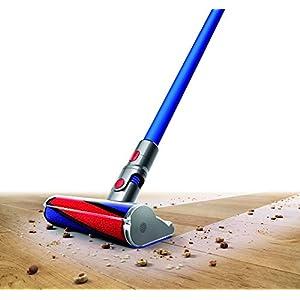 Dyson V7 Fluffy aspirateur balai sans fil et sans sac filtration des particules jusqu'à 0.3 micron – brosse sols durs et brosse spécifique poils d'animaux