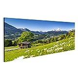 islandburner Bild Bilder auf Leinwand schöne Berglandschaft in den bayerischen Alpen mit Dorf von Berchtesgaden und von Watzmann-Massiv Wandbild, Poster, Leinwandbild MYT