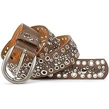 Diseño de cinturón con tachuelas para mujer con piel e7a49143fbf5