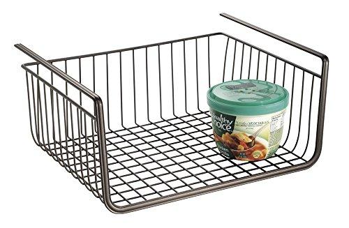 mDesign Hängekorb aus Draht – robuster Drahtkorb – perfekter Aufbewahrungskorb in der Küche (Küchen-draht-regale)