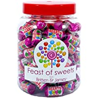 SWIZZELS LOVE HEART MINI ROLLS 1.1kg+. Big Feast of Sweets Jar by Britten & James®. Dulces tradicionales británicos en un tarro reutilizable de plástico de 2500 ml. Un regalo perfecto para Navidad, cumpleaños, padre, madre, abuela, abuelo, bodas y fiestas.