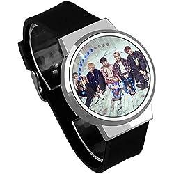 HuaDingTech BTS Reloj atlético Tiro Juego Noche luz Touch LED Creativo electrónico Estudiante Reloj para niños y niñas Pulsera Regalo de Recuerdo,Red