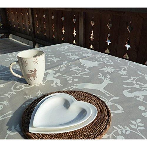 nappe-rectangulaire-anti-tache-impermeable-160x240cm-montagne-beige-par-fleur-de-soleil-coton-enduit