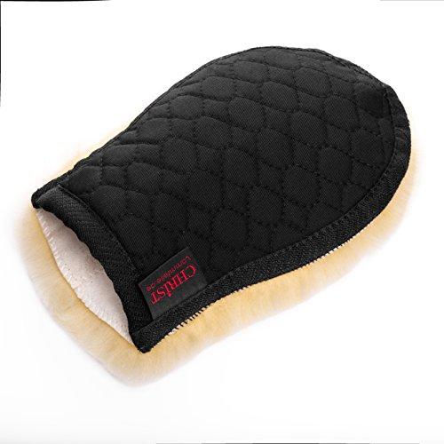 Lammfell Putzhandschuh / Pflege-handschuh CHRIST – ideale Ergänzung zur Pflege Ihres Pferdes, Wollhöhe 30mm, one size, in Farbe schwarz-natur