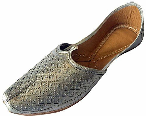 Schritt N Style Herren flach Silber Hochzeit Khussa Schuhe Traditionelle indische Leder Slipper Panjabi jutti, Silber - silber - Größe: 45 (Indische Mokassin-schuhe Die)